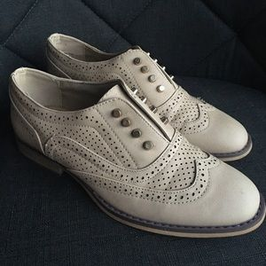 Steve Madden laceless wingtip shoes 👐🏼